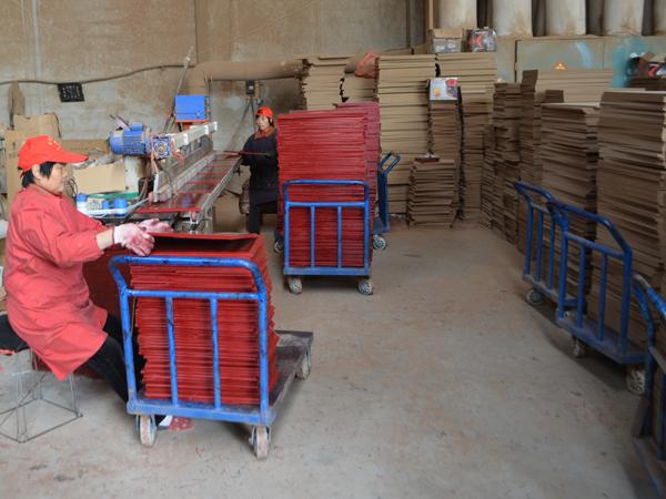 直边奖牌木托生产